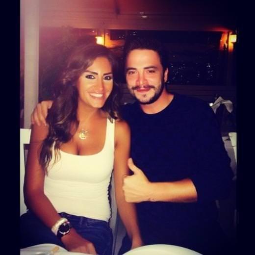 Ahmet Kural,Naz Çekem'in parmağını kırdı