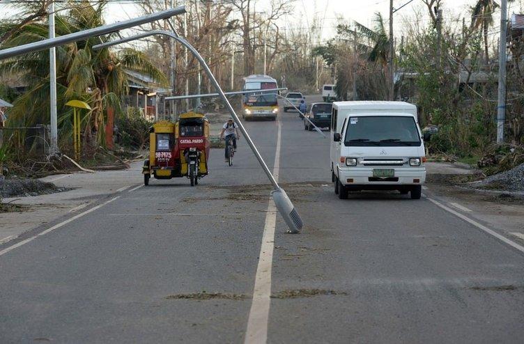 Filipinler tayfunla boğuşuyor.