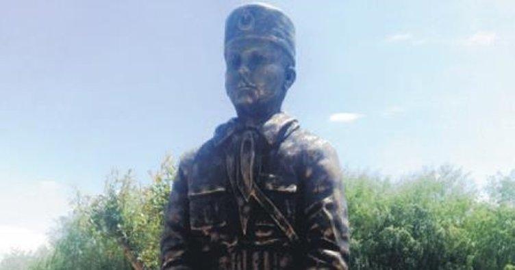 Kurtuluş Savaşı'nın çocuk şehidinin heykeli dikildi