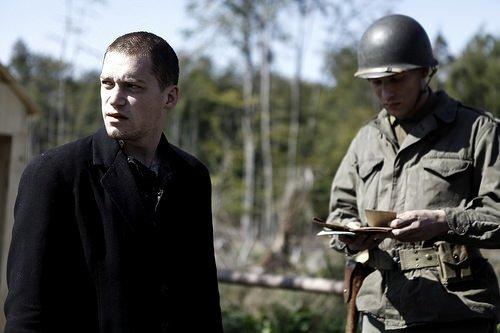 Savaşın Gölgesinde filminden kareler
