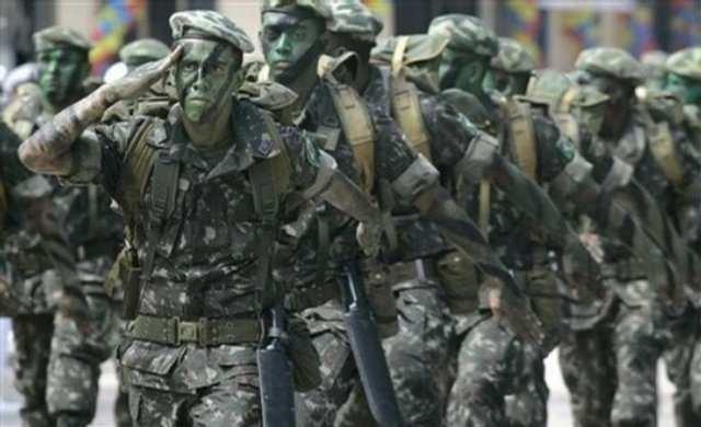 Dünyanın en büyük ordusu savaşa hazırlanıyor!