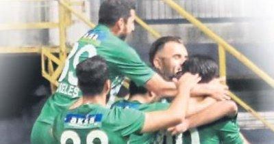 Akhisar Belediye 5 maçta 20 gol attı