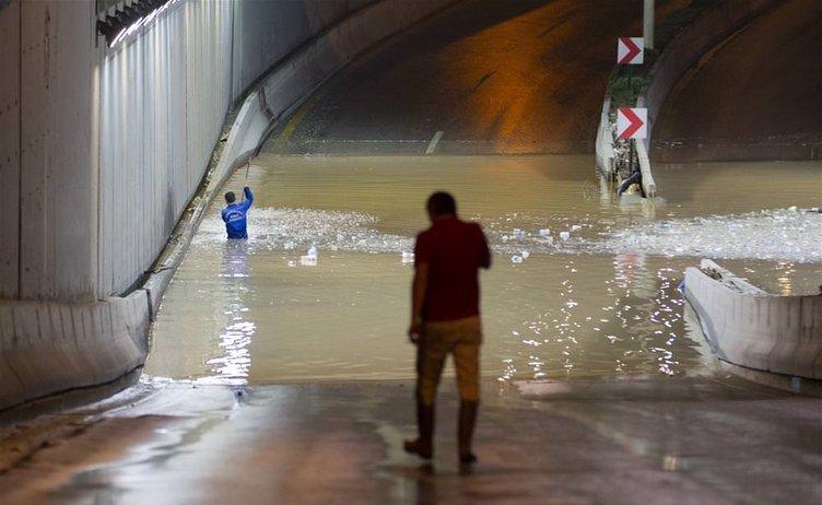 Yurtta sağanak yağış