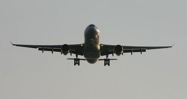 Avustralya'da yolcu uçağı türbülansa girdi: 7 yaralı