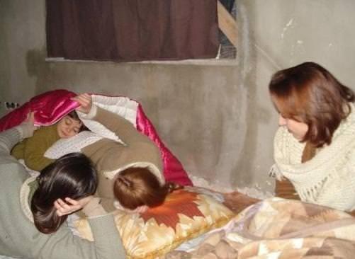 Ünlüler yatakta