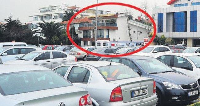 Firari Türkiye İmamı'nın mal varlığına el konuldu