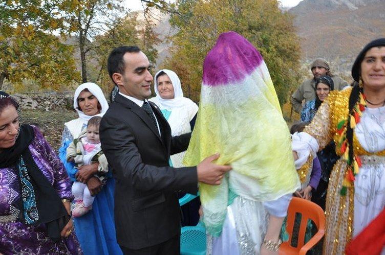 Kato Dağı'nda ilginç düğün