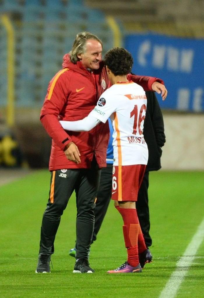 Galatasaray'ın 14'lük yıldızı Mustafa Kapı!