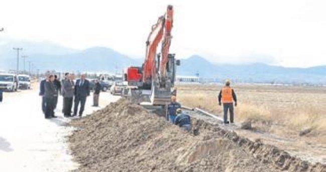 Isparta Belediyesi su için kolları sıvadı