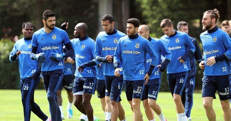Fenerbahçe Galatasaray'a hazırlanıyor
