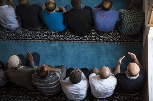 Validebağ Koru Camisi cuma namazıyla ibadete açıldı