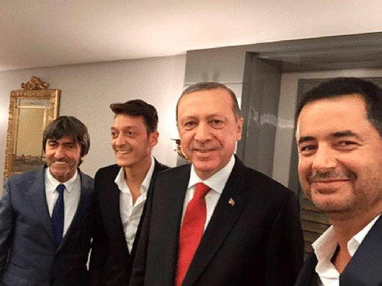 Mesut Özil'den Cumhurbaşkanı'na sürpriz ziyaret