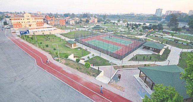 Yüreğir'deki parklara spor aletleri konuluyor