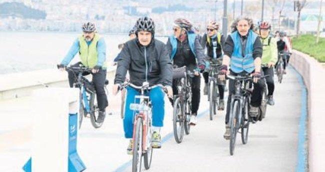 Sağlıkçılar sağlık için pedal çevirdi