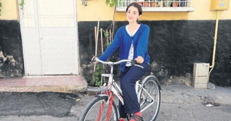 Zehra hayalindeki bisiklete kavuştu