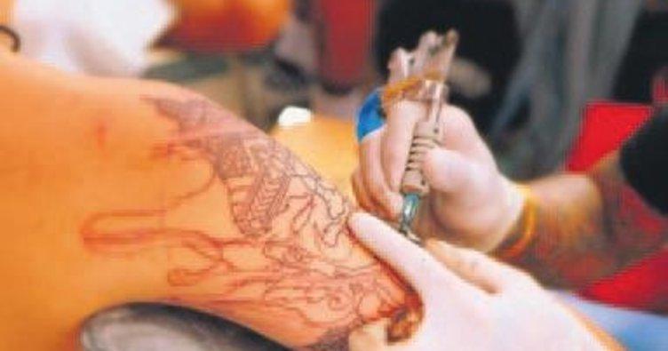 'Dövme büyük risk taşıyor'