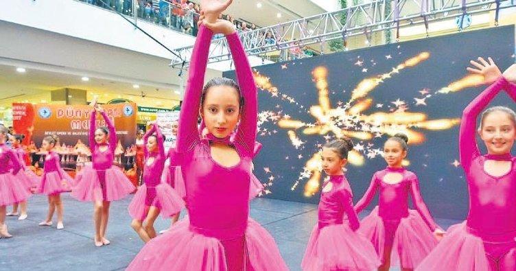 Dans gösterisi büyüledi