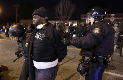 Silahsız genci vuran polis istifa etti