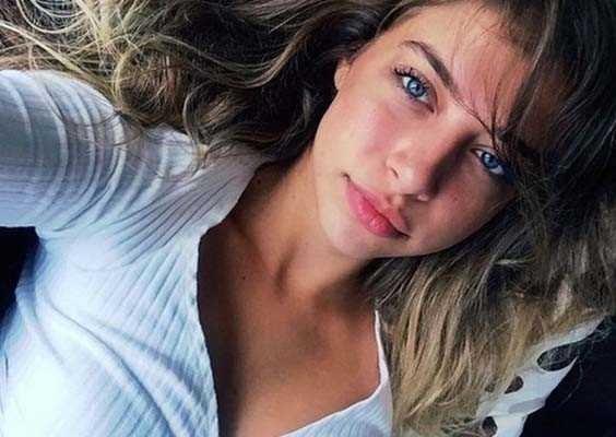 Hande Erçel'in ablası Instagram fenomeni çıktı
