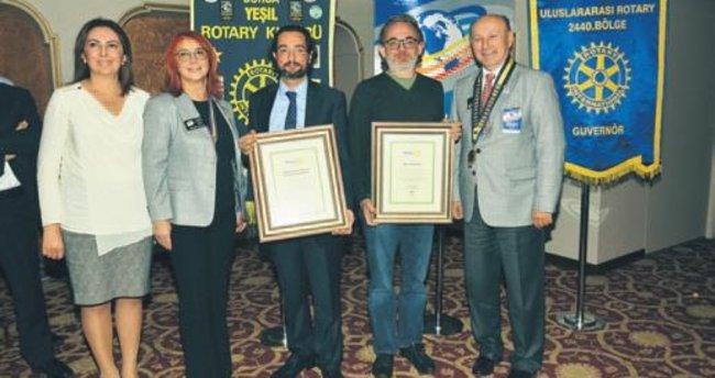 Rotaryenlerin ödülü sanatçılara