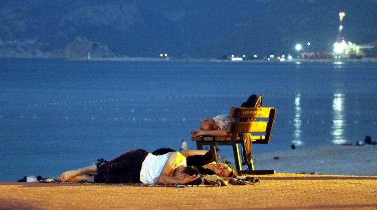 Antalya'nın gecesi İstanbul'u solladı