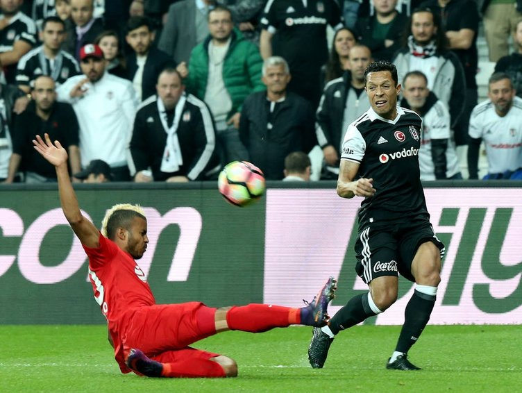 Beşiktaş-Antalyaspor maçından kareler