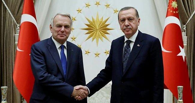 Cumhurbaşkanı Erdoğan o ismi kabul etti!