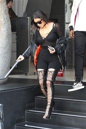 Kim Kardashian'nın öğle yemeği kombini