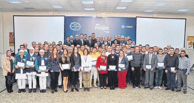 Pınar Et 31'İnci yaşında çalışanını onurlandırdı