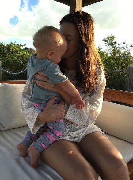 Liv Tyler yine hamile