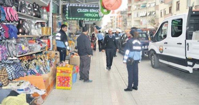 Karacabey'de kaldırım işgaline geçit verilmiyor