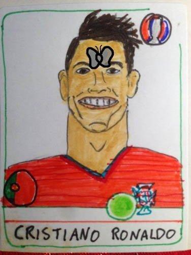 Ronaldo'nun yüzüne konan güve olay oldu