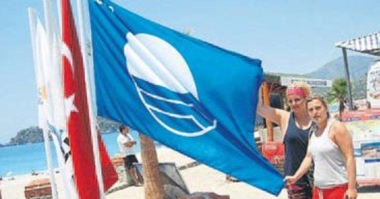 'Mavi bayrak'lar en çok Antalya'da