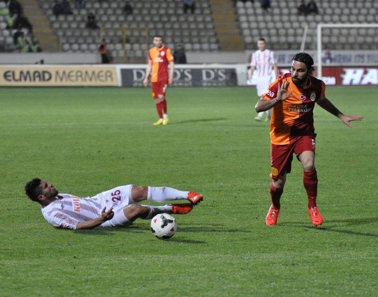 Elazığspor - Galatasaray maçının fotoğrafları