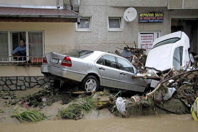 Bulgaristan'ı sel vurdu