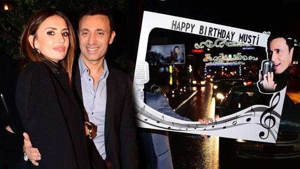 Mustafa Sandal'a doğum günü sürprizi