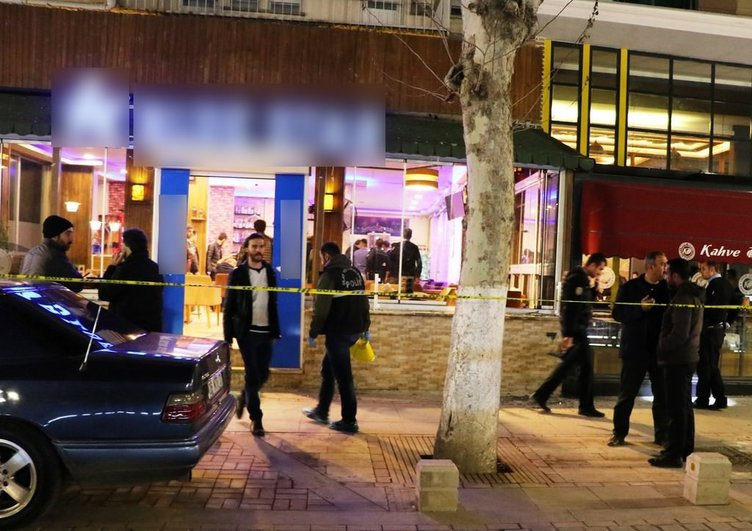 Malatya'da kafede silahlı çatışma!
