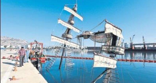 Antalya'da batan tekne limana yanaştırıldı