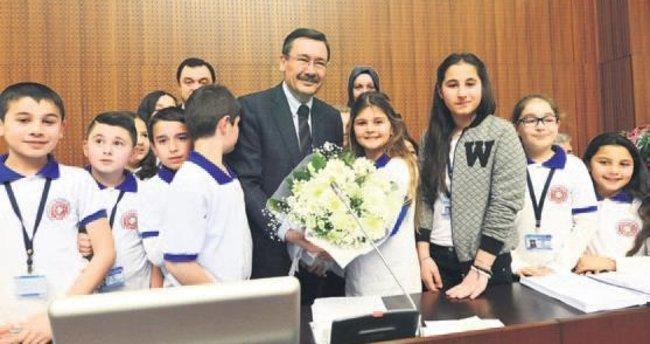 Çocuk Meclisi'nde heyecan başladı