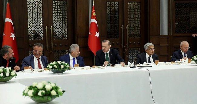 Erdoğan, Muharrem ayının 10'uncu gününde iftar verdi