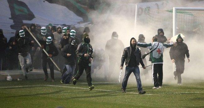 Yunanistan futbolunda kaos büyüyor