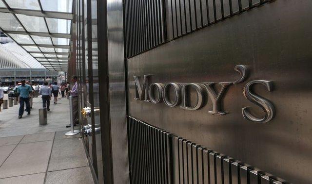Kim bu Moody's?