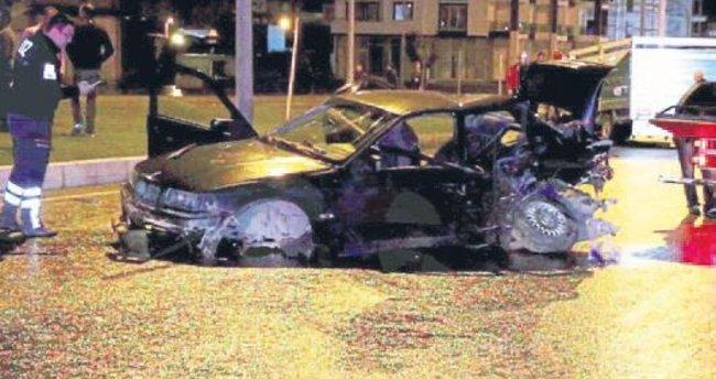 Balıkesir'de trafik kazası: 2 ölü, 8 yaralı