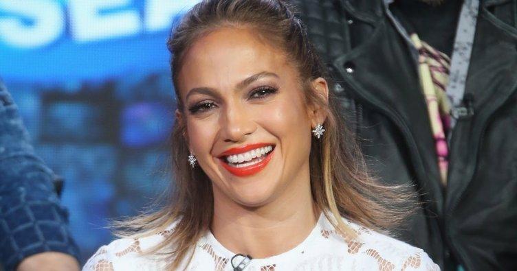 Jennifer Lopez'in makyajsız hali şok etkisi yarattı