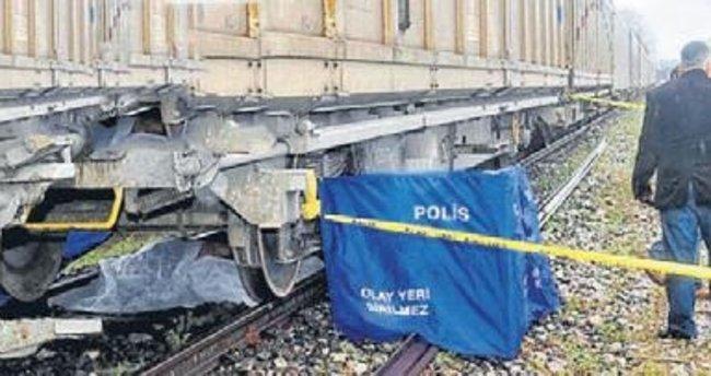 Manisa'da trenin çarptığı kadın öldü