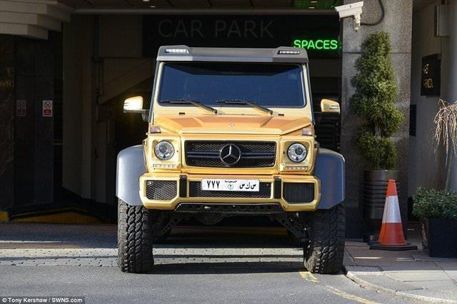 Suudi milyarderin altın kaplamalı otomobilleri