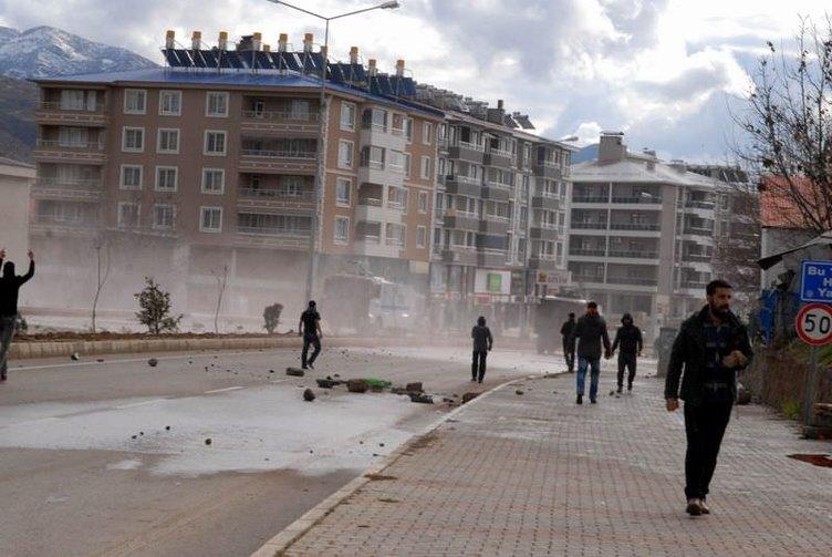 Tunceli'de izinsiz gösteri