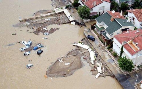 Kare kare Marmara'dan sel felaketi