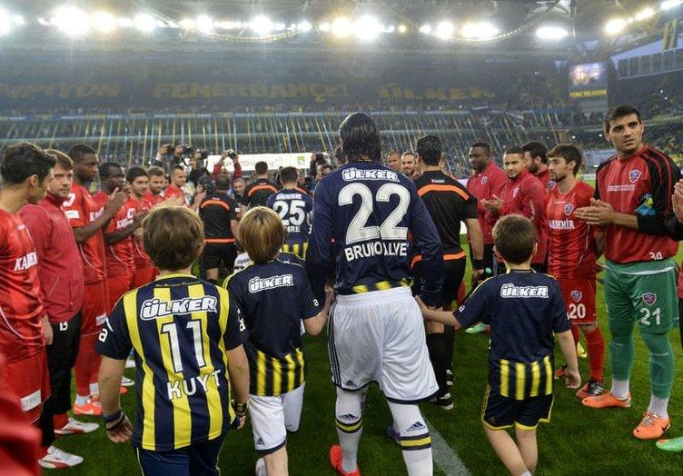 G.Saraylı isimler Fenerbahçe'yi alkışlamadı