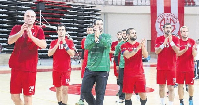 Hentbolde rakibimiz Trabzonspor